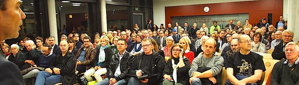 Podium Infoabend Flüchtlingsunterkünfte Sillenbuch 26.10.2015