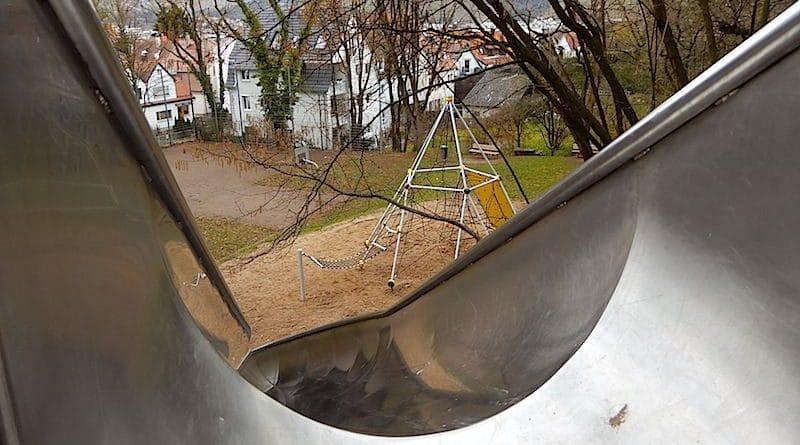 Spielplatz Stuttgart Hedelfingen Obere Heckenstrasse