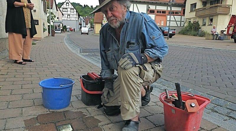 Stolpersteinverlegung durch Gunter Demnig am 11.7.2018 für Karl Glemser Stuttgart Rohracker Sillenbucher Str. 5nig Sillenbucher 5
