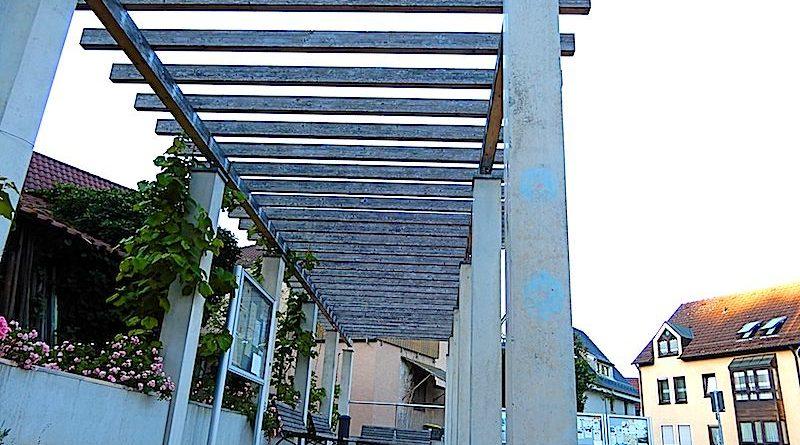 Kelterplatz: Pergola mit Mehrwert